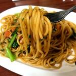 140899441 - 湯で置きの太麺 ロメスパですもの。