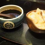 えんどう寿司 - 醤油は刷毛で塗る