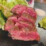 肉系居酒屋 肉十八番屋 - アンガス牛ハラミ 980円
