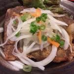 小魚阿も珍 - 料理写真:カレイの唐揚げ