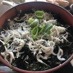 葉山港湾食堂 - 岩のりシラス丼