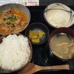 十焼十鍋 - もつ煮込み定食