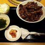 DOURAKU - 黒毛和牛カルビ丼(1ポンド)(2020.10)