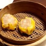 KOTeTSU 華 - 料理写真:自家製焼売♪
