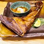 天ぷら・割鮮酒処 へそ - 本日のカマ焼き