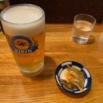 餃子会館 - 生ビールとお通し