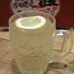 北海道シントク町 塚田農場 - ワイボール 白ワインのソーダ割りらしい