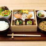 ひとしなや - 料理写真:鮭膳