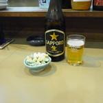 赤富士 - ビンビール&お通し