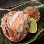 酒菜と炭 てりや - 香箱蟹の丸ごと甲羅詰め