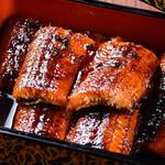 日の出屋 - 秘伝の甘辛タレで焼きあげた蒲焼定食(上)2