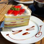 アールエイチシー カフェ - ストロベリーショートケーキ