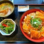 友食亭 あいびす - カツ丼セットのミニラーメン