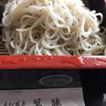 萬陣 - 2枚目の蕎麦綺麗な更科