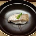 Benkei - のどぐろの蒸し寿司
