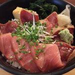 菊すし - 漬けトロ丼 900円