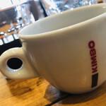 ティスカリ - 食後のコーヒー(ホット、アイス)、紅茶はセルフサービス。