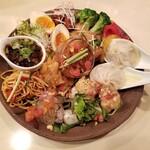 Chuukabarusakurai - 中華前菜盛り合わせ