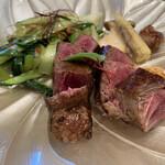つくば 山水亭 - 料理写真:国産牛ステーキ 焼き野菜を添えて