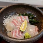 Kitanadagyokyouchokusou toretateshokudou - 2020.11 鯛刺身(よくばり鯛定食)