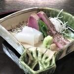 味吉兆 ぶんぶ庵 - 造り 灸鰹藁焼き 烏賊