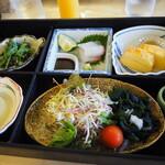 ホテルリビエラししくい レストランベガ - 料理写真:朝食