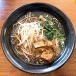 長安 刀削麺 - 料理写真:角煮刀削麺