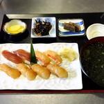 島寿司8貫定食