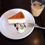 バードランドカフェ - NYチーズケーキ480円(Setは380円)