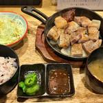 Butanikusemmombutaya - 豚テキ定食