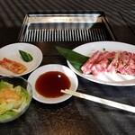 焼肉レストラン 八坂 あら川 - カルビセット