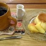 よんふくcafe - コーヒー&プリン