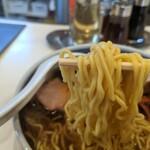 141052001 - 麺リフト