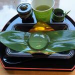 仙人茶屋 - 料理写真:「食べる水晶玉」
