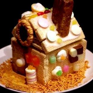 お菓子の家で遊び心いっぱいのお誕生日コース!