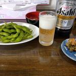 支那家 味しろ - 料理写真:瓶ビール&枝豆~☆