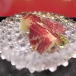 にくの匠 三芳 - 生ハムメロンに小豆島のオリーブオイルをかけて。オリーブオイルがこんなにもマッチするとは(@_@)