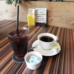 エイトカフェ ラザウォーク - ホットコーヒー&アイスコーヒー