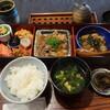 小料理 石井 - 料理写真:日替定食(牛すじ柔らか煮)