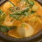 Sakabagyouzakenkyuujo - 肉汁激辛餃子