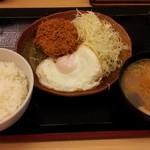 とんかつ かつや - 朝定食:メンチカツ 399円