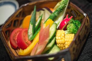 鎌倉 松原庵 - 彩り野菜のバーニャカウダ
