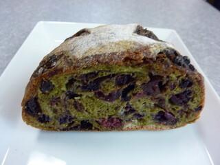 ラトリエ ドゥ プレジール - 2012年6月抹茶のパン