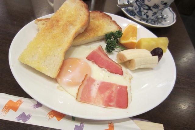 びすとろ平戸屋 - お箸で頂くモーニングトリオ¥430(珈琲付き)