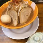 拳10ラーメン - 料理写真: