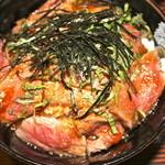 レストラン・ストローハット - ステーキ丼 アップ