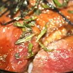 レストラン・ストローハット - ステーキ肉 アップ