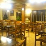 レストラン・ストローハット - 昭和の雰囲気
