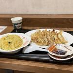 浜名湖サービスエリア 餃子・ラーメン館 - 料理写真: