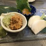 うにと牡蠣と日本酒と 鮨遊成 - あん肝たたきが美味い